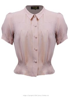 Style 'Bonnie' Blouse in Blush Crepe Source by vintage Vintage Mode, Look Vintage, Vintage Outfits, Vintage Dresses, Vintage Looking Dresses, 1930s Fashion, Vintage Fashion, Victorian Fashion, Kasimir Und Karoline