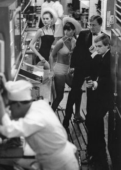 Jerry Schatzberg :: The Man from UNCLE, Models with Robert Vaughn and David McCallum, NYC, 1965