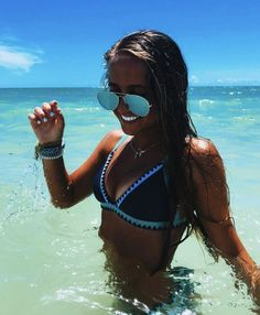 How to Take Good Beach Photos Cute Beach Pictures, Vacation Pictures, Beach Instagram Pictures, Tumblr Beach Pictures, Cruise Pictures, Instagram Beach, Beach Babe, Summer Beach, Summer Vibes