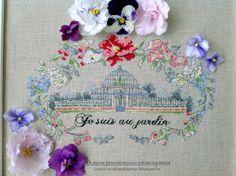 Creation Point de Croix 57 - Helene Le Berre - je suis au jardin / 1/3 Needle And Thread, Cross Stitch Embroidery, Elsa, Projects To Try, Creations, Gardens, Punto De Cruz, Dots, Glass House