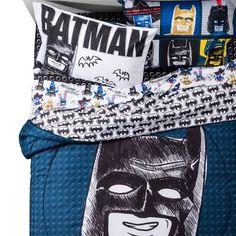 Love this bedding. Sketchy LEGO Batman Bedding from Target. Batman Kids Rooms, Batman Bedroom, Lego Bedroom, Superhero Room, Bedroom Themes, Kids Bedroom, Bedroom Ideas, Lego Dc Comics, Twin Sheet Sets