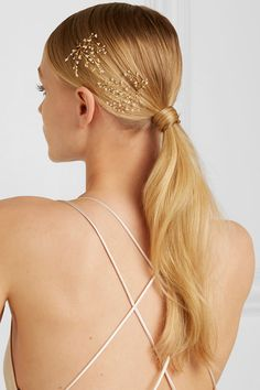 14 / Quatorze - Baby's Breath set of two gold-tone pearl hair pins Pigtail Hairstyles, Bobby Pin Hairstyles, Teen Hairstyles, Headband Hairstyles, Braided Hairstyles, Blonde Hairstyles, Hairstyle Ideas, Marley Twists, Hair Scarf Styles
