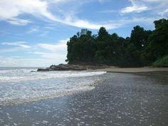 Beautiful Beach at Entrance to Ballena National Marine Park near Uvita