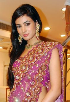 Sonal Chauhan is an Indian film actress who mainly works in Bollywood film Industry. She was born on 16 May, 1985 in Ramnagar, AP, India. Sonal has . Beautiful Girl Indian, Beautiful Saree, Beautiful Women, Beautiful Bride, Arab Girls, Indian Girls, Size Zero, Bikini Images, Indian Beauty Saree