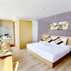 Mua voucher Đà Nẵng – GOLD HOTEL 3 Đà Nẵng  tiêu chuẩn 3* - Gần Biển Mỹ Khê cao cấp, giá tốt tại Lazada.vn, giao hàng tận nơi, với nhiều chương...