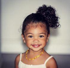 American Girl Hairstyles, Cute Toddler Hairstyles, Baby Girl Hairstyles, Cute Little Girls Outfits, Kids Outfits, Beautiful Children, Beautiful Babies, Cute Mixed Kids, Curly Kids