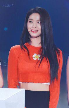 Cute Asian Girls, Beautiful Asian Girls, Korean Beauty, Asian Beauty, South Korean Girls, Korean Girl Groups, Kim Seolhyun, Aoa Elvis, Oh My Girl Yooa