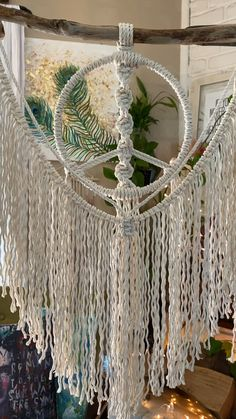 Macrame in the morning // Macrame // Macrame Wall Hanging // Small Macrame Wallhangings - Macrame Decor - Macrame Design, Macrame Art, Macrame Projects, Macrame Plant Hangers, Diy Hanging, Hanging Planters, Macrame Patterns, Diy Wall Decor, Diy Crafts To Sell