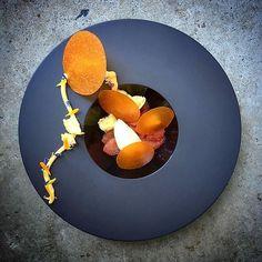food presentation | Gin marinated grapefruit, bergamot jelly, citrus crémeux, carrot glass, timut…