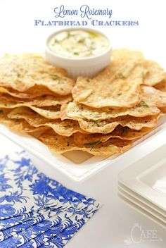 Lemon Rosemary Flatbread Crackers - everyone goes crazy over these shatteringly crisp crackers. They're perfect with hummus, dips, soups and salads! Yummy Appetizers, Yummy Snacks, Soup And Salad, Cooking Recipes, Bread Recipes, Cooking Tips, Cake Recipes, Vegan Recipes, Food And Drink