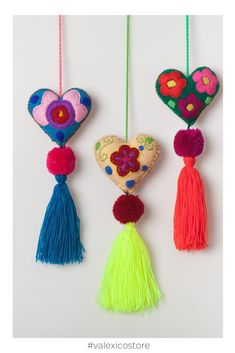 bag accesories / Mexican Felt Hearts / Hand Embroidered hearts with pom-poms / heart pompom tassel charm / wedding favors / baby shower Mexican Christmas, Felt Christmas, Christmas Crafts, Christmas Ornaments, Wedding Pom Poms, Felt Bookmark, Heart Hands, Heart Ornament, Felt Hearts