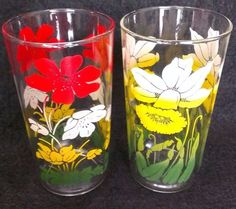 2 Piece Set Vintage Floral Juice Glasses Tumblers Daffodil Red Yellow Green 5""