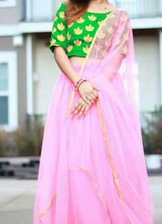 Ethnic Fashion, Indian Fashion, Womens Fashion, Indian Attire, Indian Wear, Churidar Pattern, Desi Wear, Indian Wedding Outfits, Classic Outfits