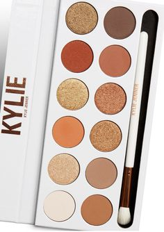 Shop eyeshadow palettes and sets at Kylie Cosmetics. The Kylie Jenner eye palettes are your secret weapon to create the perfect Kylie eye and recreate Kylie's favorite looks or customize your own. Kylie Makeup, Skin Makeup, Makeup Tips, Beauty Makeup, Kylie Jenner Makeup Products, Makeup Brushes, 80s Makeup, Makeup Set, Makeup Ideas