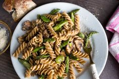 Whole-Grain Pasta With Mushrooms, Asparagus and Favas | 51 Healthy Weeknight Dinners That'll Make You Feel Great