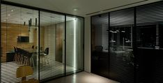Rimadesio Stripe Schuifdeuren Sliding Door Panels, Kitchen Doors, Walk In Closet, Stripes Design, Blinds, Curtains, House, Furniture, Modern Barn