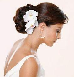 Tocados para novia con flores frescas! ♥