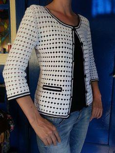 Crochet Free Pattern Hat Women Hooks 44 New Ideas Diy Crochet Sweater, Plaid Crochet, Gilet Crochet, Black Crochet Dress, Crochet Coat, Crochet Cardigan Pattern, Crochet Tunic, Crochet Jacket, Crochet Clothes