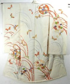 This is a kimono silk fabric cut into Furisode shape and stitched roughly before sewing to make furisode