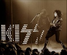 Nyc March, Kiss Images, Vancouver British Columbia, Paul Hollywood, Kiss Photo, Osaka, Live Life, Photo Sessions, Rock N Roll