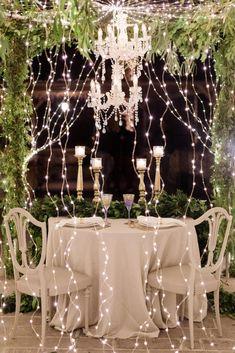 Romantic Al Fresco Dinner Inspiration That Will Invoke Magic Al Fresco Dinner, Spa Lighting, Eucalyptus Garland, Happy Husband, Anniversary Dinner, Winter Engagement, Romantic Dinners, Elegant Table, Under The Stars