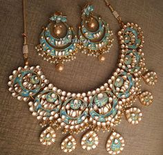 Latest Wedding Necklace Designs For Brides 2019 Indian Wedding Jewelry, Bridal Jewelry, Jewelry Party, Indian Bridal, Stylish Jewelry, Fashion Jewelry, Jewelry Sets, Moda Indiana, Indian Accessories