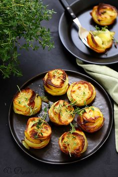 gratins aux herbes de provence, thym ou marjolaine fraîche Detox Lunch, Lunch Recipes, Cooking Recipes, Cooking Photography, Food Fantasy, Special Recipes, Fabulous Foods, Fresh Vegetables, Food Design