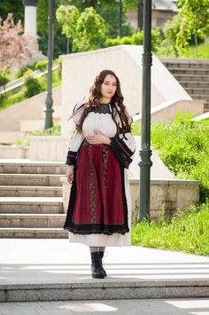 A Virtual Tour of the World Folk Costume, Costumes, Photo Series, Kazakhstan, Virtual Tour, Romania, Ethnic, Tulle, Ballet Skirt