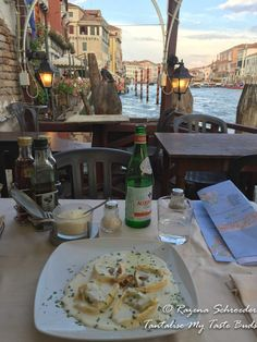 Dinner at Trattoria Povoledo on the Grand Canal in Venice Venice Travel Guide, Travel Tips For Europe, Grand Canal Venice, Places In Europe, Great Hotel, Wanderlust Travel, Plan Your Trip, Venice Italy, Travel Guides