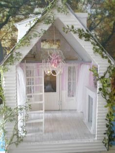 Cinderella Moments: Phoebe's Cottage