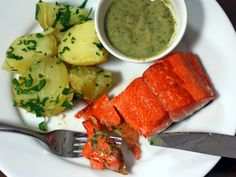 It might sound strange, but this salmon with anchovy sauce is delicious #recipe