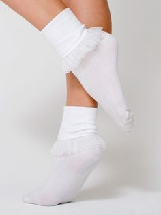Shop Women's American Apparel White size OS Accessories at a discounted price at Poshmark. Description: White girly lace ankle socks, never worn out, slight tear in the lace. Frilly Socks, Lace Socks, Funky Socks, Socks And Heels, Ankle Socks, High Socks, American Apparel, Doll Style, Style Lolita
