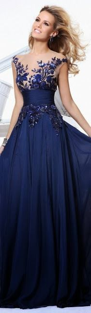 Perfect blue dress for parties College Fashion