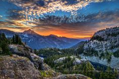 Sunrise at Rachel Lake, Washington by Conor Musgrave on 500px