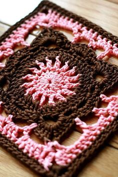 Crochet Knitting Handicraft: Crochet square units