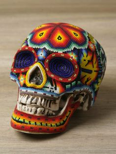 Our Exquisite Corpse x Huichol Awesome Sugar skull Mexican Skulls, Mexican Folk Art, Exquisite Corpse, Candy Skulls, Sugar Skulls, Skull Artwork, Day Of The Dead Skull, Human Skull, Beaded Skull