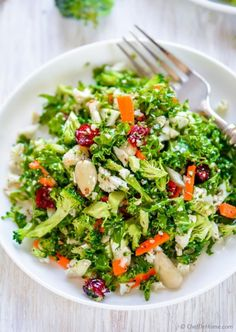 Healthy gluten free Paleo Broccoli and Cauliflower Detox Salad rich in antioxidants and fiber for natural body cleanse | chefdehome.com
