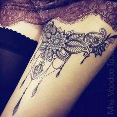 61 Ideas tattoo frauen mandala oberschenkel for 2019 Trendy Tattoos, Sexy Tattoos, Body Art Tattoos, Sleeve Tattoos, Tattoos For Women, Cool Tattoos, Tatoos, Waist Tattoos, Tattoo Art