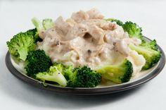 Kuracie prsia s brokolicou a so syrom Broccoli, Vegetables, Food, Fall Of Man, Essen, Vegetable Recipes, Meals, Yemek, Veggies