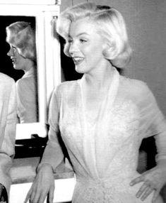 Always Marilyn Monroe Marilyn Monroe Old, Marilyn Monroe Artwork, Classic Hollywood, Old Hollywood, Donald O'connor, Believe, Actor Studio, Gentlemen Prefer Blondes, Norma Jeane