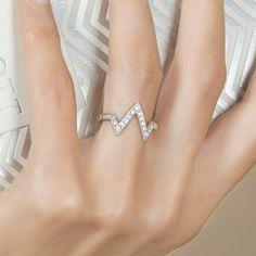 Photo : Bague New York Diamant - Argent, Diamants A porter pour avoir mon W sur moi ;)