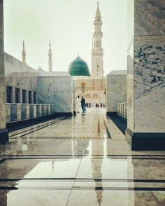 Say nahi hai gumbad e Khizra ka aaj bhi💚 Al Masjid An Nabawi, Mecca Masjid, Masjid Al Haram, Mecca Wallpaper, Islamic Wallpaper, Islamic Images, Islamic Pictures, Beautiful Mosques, Beautiful Places