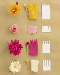 Jolies fleurs en papier crépon A small activity sheet to easily make flowers crepe paper or tissue paper. Use the … Paper Flowers Craft, Flower Crafts, Diy Flowers, Fabric Flowers, Real Flowers, Crepe Paper Decorations, Wedding Flowers, Flower Paper, Birthday Decorations