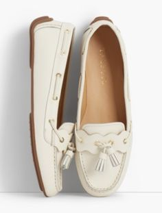 You'll be a standout in our Everson Driving Moccasins - Pebble Leather - only at Talbots! Shoes Flats Sandals, Shoe Boots, Boat Shoes, Leather Loafer Shoes, Leather Wedge Sandals, Brogues, Driving Moccasins, Driving Shoes, Cute Shoes