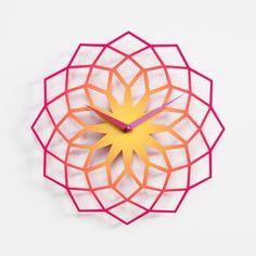 diseador karim rashid reloj pared en acero pintado diseo de