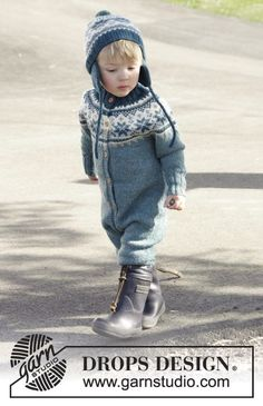 Wild Blueberries - super cute suit and hat with Norwegian pattern for the kids by DROPS Design. Free #knitting pattern