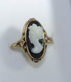 Black Hills Gold Black and White Cameo Ring by LadyLibertyGold