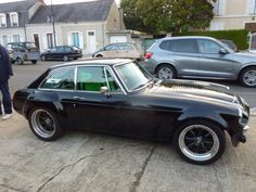 MGB GT V8 like the wheels, would look better on white body