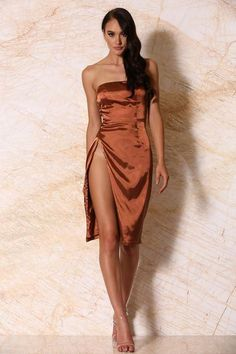 Alayna Satin Strapless Midi Dress - Rust - MESHKI