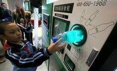 China News: Reverse vending machine for recycling. Nǐ de jiù píngzi ne? 你 的 旧 瓶子 呢? More: http://www.gurulu.com